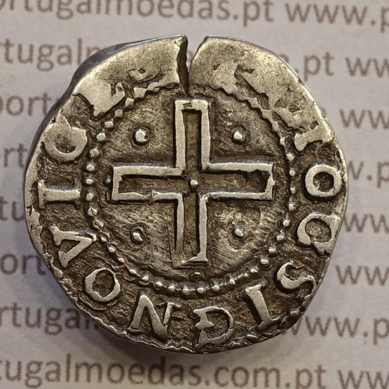 MOEDA DE MEIO TOSTÃO EM PRATA 1640-1656 (NÃO CATALOGADA NO A. GOMES) D. JOÃO IV - CRUZ CANTONADA E CERCADA POR PONTOS.