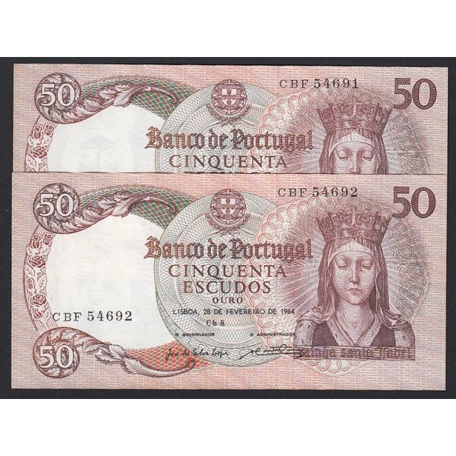 LOTE DE 2 NOTAS COM NÚMEROS SEGUIDOS - 50 ESCUDOS 1964 ( MUITO POUCO CIRCULADAS ) Ch.8  RAINHA SANTA ISABEL - (28/02/1964)
