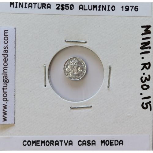 Miniatura de moeda de 2$50 1976 em alumínio, emissão da Casa da Moeda para promoção de eventos