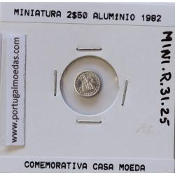 Miniatura de moeda de 2$50 1982 em alumínio, emissão da Casa da Moeda para promoção de eventos