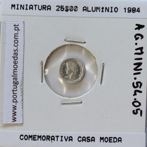 Miniatura de moeda de 25$00 1984 em alumínio, emissão da Casa da Moeda para promoção de eventos