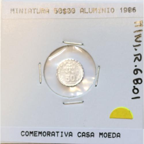 Miniatura de moeda de 50$00 1986 em alumínio, emissão da Casa da Moeda para promoção de eventos