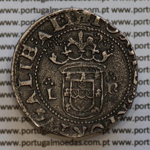 "Tostão Prata D. João III 1521-1557, tipo ""L-R"", A. Gomes 114.01, Legenda: ✠IOANES:3:R:PORTGALIE:AL:D / ✠IN○OC∵SIGNO∵VINCEES"