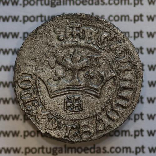 Pilarte Coroado em Bolhão D. Fernando I 1367-1383, Legenda: ☩FERNANDVS:REX:PORTV / ⚄SI:D⚄NS:M⚄ICH⚄I:AD (com sinal oculto nº 71)